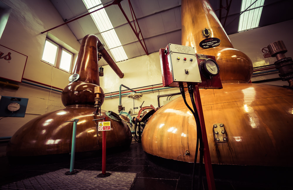 Glenfarclas Still House. Spirit/low-wines still on the left, with a capacity of 21,200 litres. Wash Stil No. 2 on the right, capacity 26,500 litres. Look at those beautiful fat bottoms and reflux boil balls!